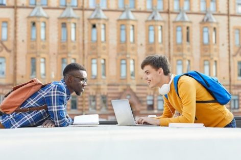 Instant enrolment of individual students online